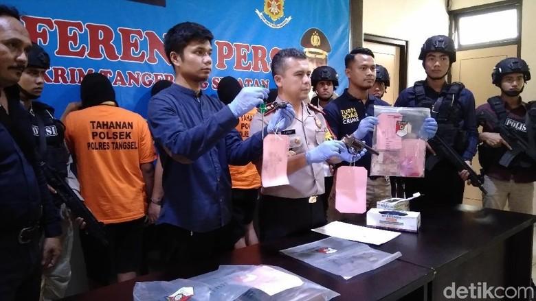 Polisi Tangkap Komplotan Pencuri yang Beraksi di Tangsel-Surabaya