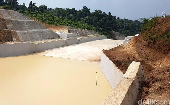 Pembebasan lahan untuk proyek Bendungan Sindangheula, Banten masih terkendala. Dari rencana total 155 hektar, sisa 34,98 hektar tanah yang belum bebas khususnya untuk area genangan.