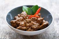 Cegah Tubuh Melar dengan Batasi Konsumsi 5 Makanan Ini Saat Lebaran
