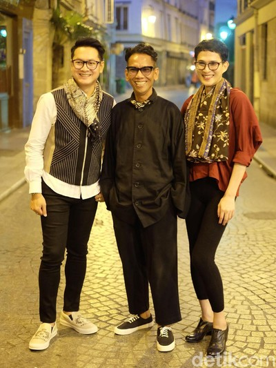Oscar Lawalata, Edward Hutabarat, Denny Wirawan Siap Tampil di Batik For The World, Paris. Foto: Daniel Ngantung/Wolipop
