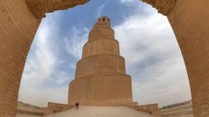 Foto: Masjid Irak yang Punya Minaret Unik