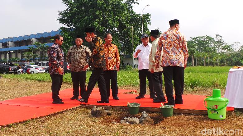 Jokowi Kaget Luas Lahan Kampus UIII 142 Hektare