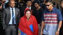 Usai Diperiksa, Istri Najib Pergi Tanpa Sepatah Kata