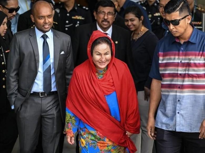 Istri Najib Bungkam Usai Ditanyai Komisi Antikorupsi