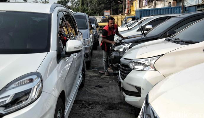 Jelang Lebaran, Permintaan Mobil Rental Meningkat