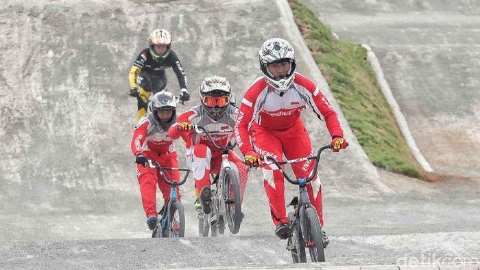 Seleksi Nasional BMX di kawasan Pulo Mas (Foto: Pradita Utama)
