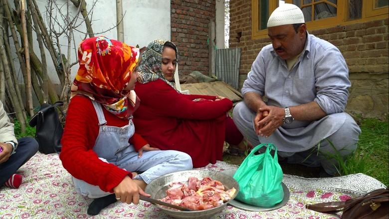 Indahnya Berbagi di Lembah Kashmir
