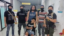 Lagi Duduk Santai, Kakek Pencuri HP di Makassar Ditangkap Polisi
