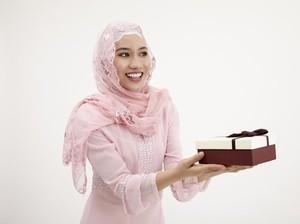 Pilihan Hadiah Lebaran Sebagai Pengganti THR untuk Istri