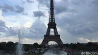 Most Pop Sepekan: Wanita Berhijab Diserang  di Menara Eiffel dan Pendaki Bugil