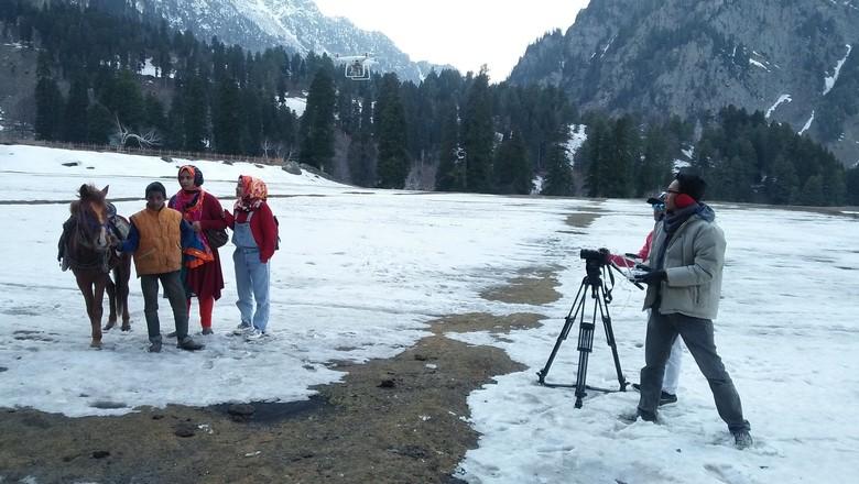 Cerita dari Lembah Kashmir yang Dingin