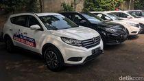 Orang Indonesia Lihat Mobil China: Bodi Mobil Diketuk-ketuk