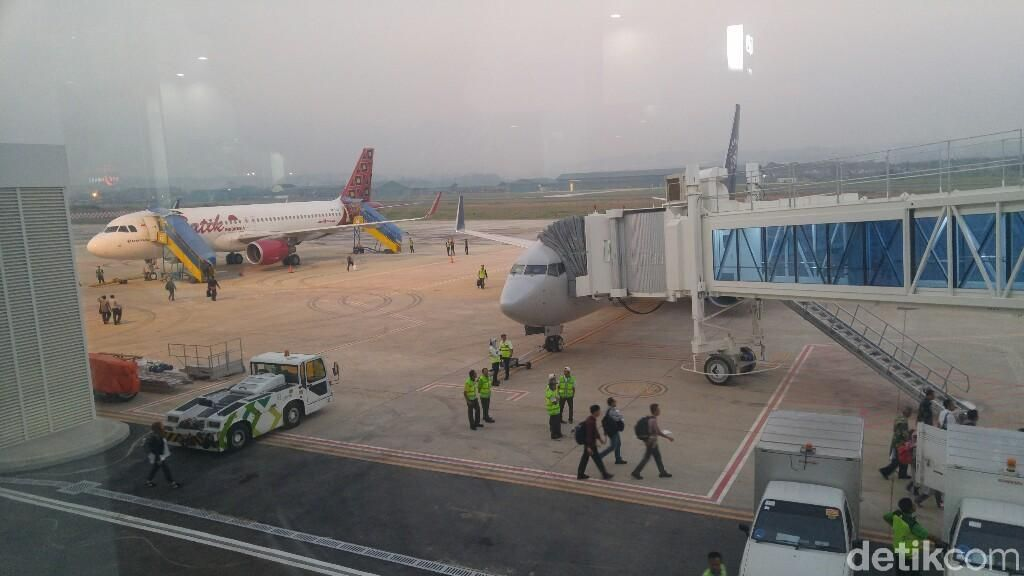 Jokowi Sudah Bangun 10 Bandara Baru