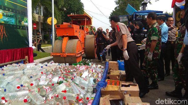 Pemusnahan barang bukti di Polda Jatim/