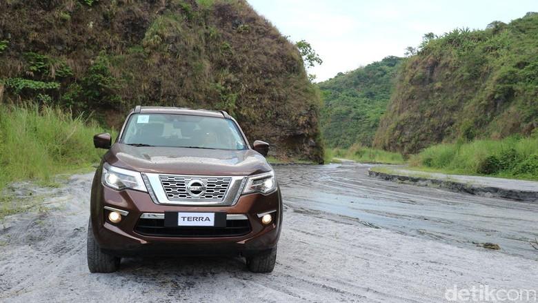 Nissan Terra. Foto: Dina Rayanti