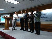 Luhut, Siti Hingga Jonan Terima Hasil Audit BPK