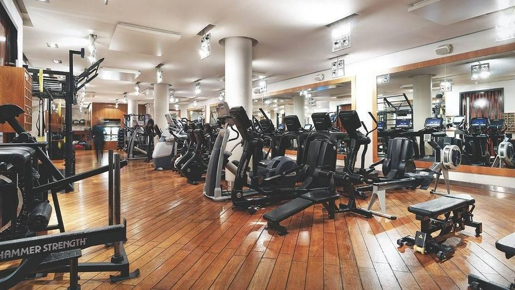 Mengintip Gym Mewah Tempat Pangeran Harry Biasa Olahraga