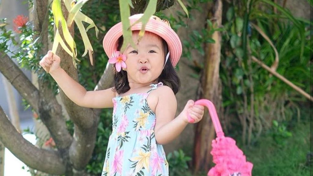 Ulang Tahun Ke-3, Putri Ruben Onsu Makin Ceria dan Menggemaskan