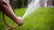 Bocah Ini Alami Luka Bakar Setelah Terkena Air dari Selang Kebun