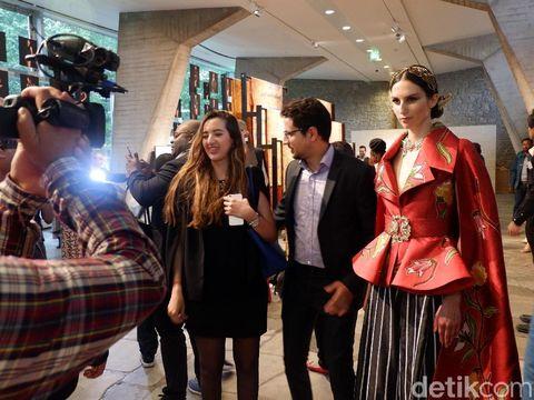 Oscar Lawalatan Bicara Potensi Batik Bisa Eksis di Pasar Eropa