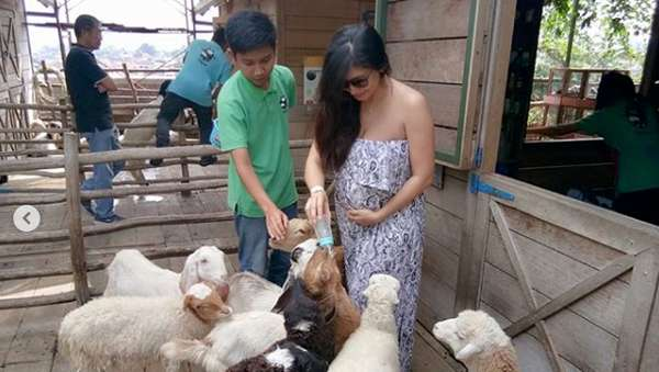 Baby Margaretha soal Chand Kelvin dan Beri Susu Anak Kambing