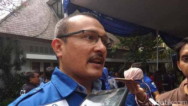 Balas Hanura, PD: Tak Paham Partai Lain Tapi Celometan