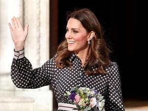 3 Momen Kate Middleton Stylish Pakai Kate Spade