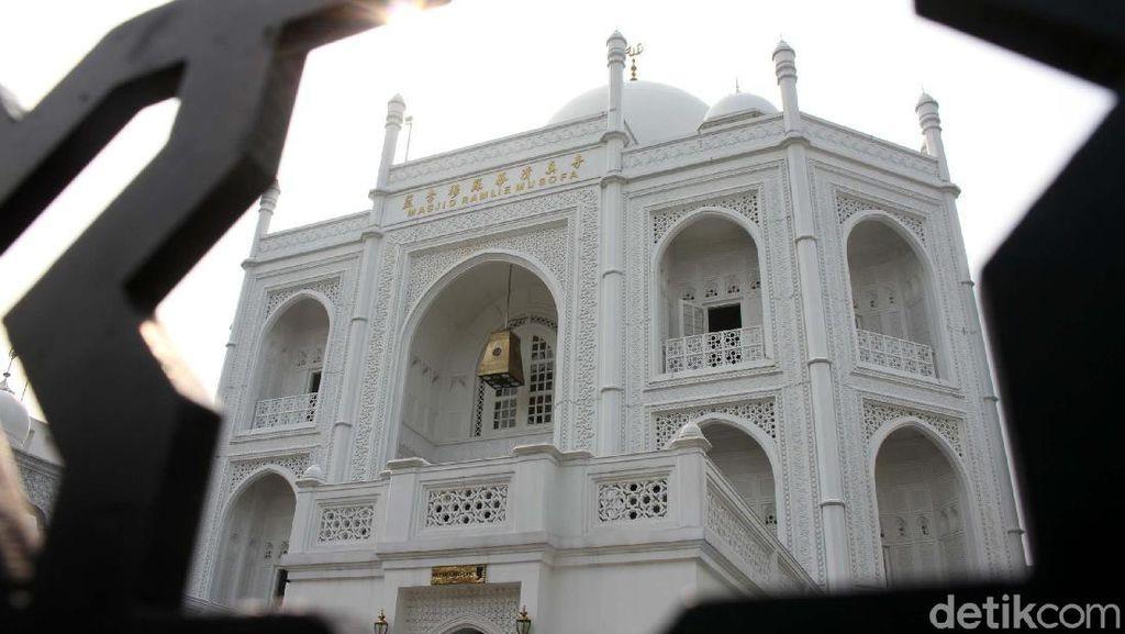 Megahnya Masjid Ramlie Musofa Sunter