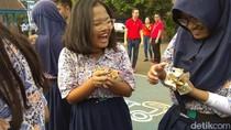 Riuhnya Hujan Uang di Halim Perdanakusuma