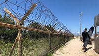 Surfing di Perbatasan Korea Selatan dan Utara, Dijaga Tentara!