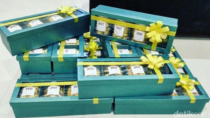 Kotak Parsel cantik Laris Manis