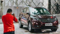 Review DFSK Glory 580: Mobil China Bermesin 1.5 L Turbo