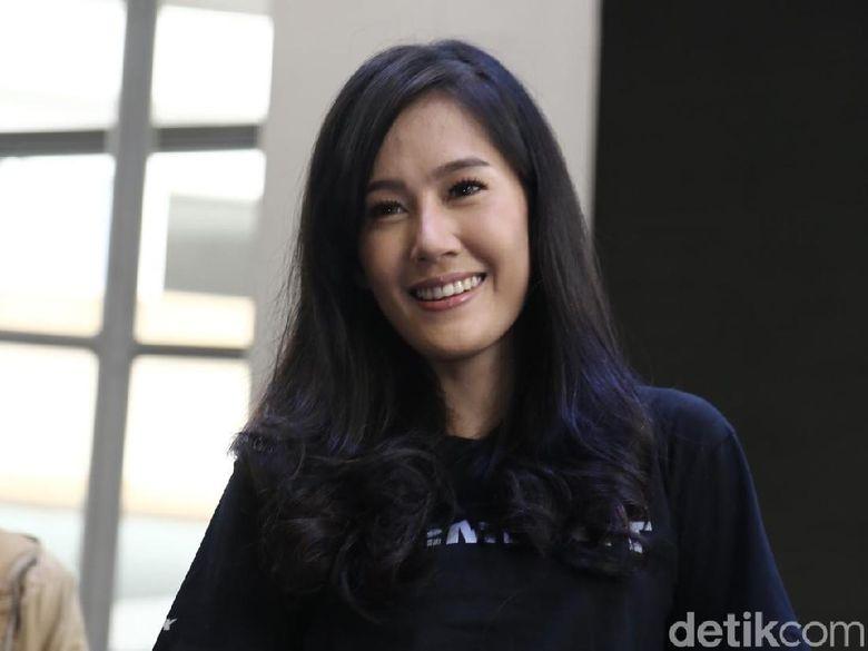 Ardina Rasti saat ditemui di launching poster dan trailer film 22 Menit di Gandaria City, Kebayoran Lama, Jakarta Selatan, Kamis (7/6). Foto: Hanif Hawari/detikHOT