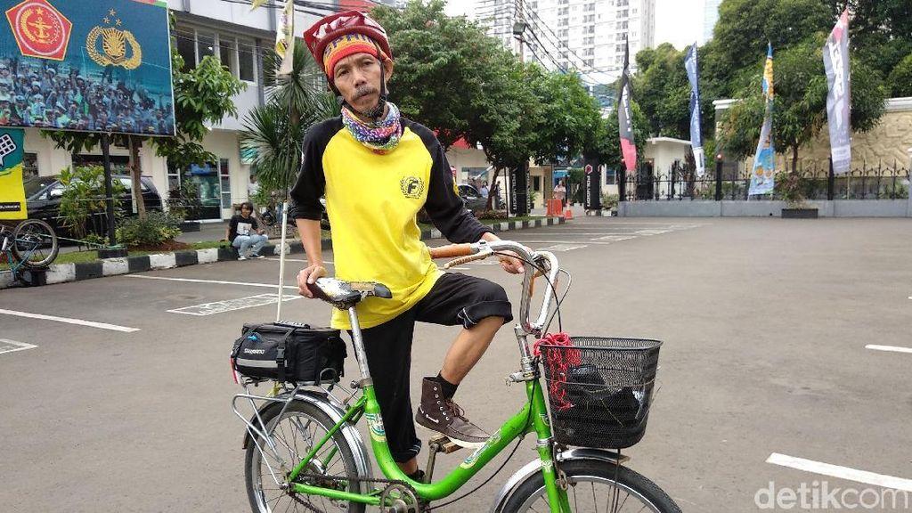 Gokil! Mudik Jakarta-Kebumen Naik Sepeda Mini Harga Rp 120 Ribu