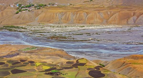Beginilah pemandangan yang dinikmati para turis apabila datang berkunjung ke Desa Spiti. (Sandipan Dutta/BBC Travel)