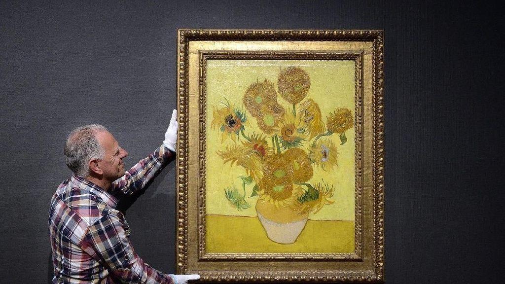 Lukisan Sunflowers Van Gogh Bisa Berubah Warna Jadi Hijau?