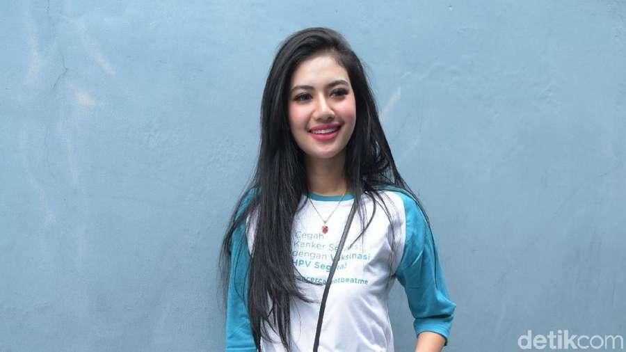Cerita Della Wulan Beratnya Puasa Tanpa Julia Perez