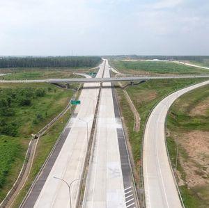 Jokowi Bangun 3.432 Km Jalan Nasional dan 941 Km Jalan Tol