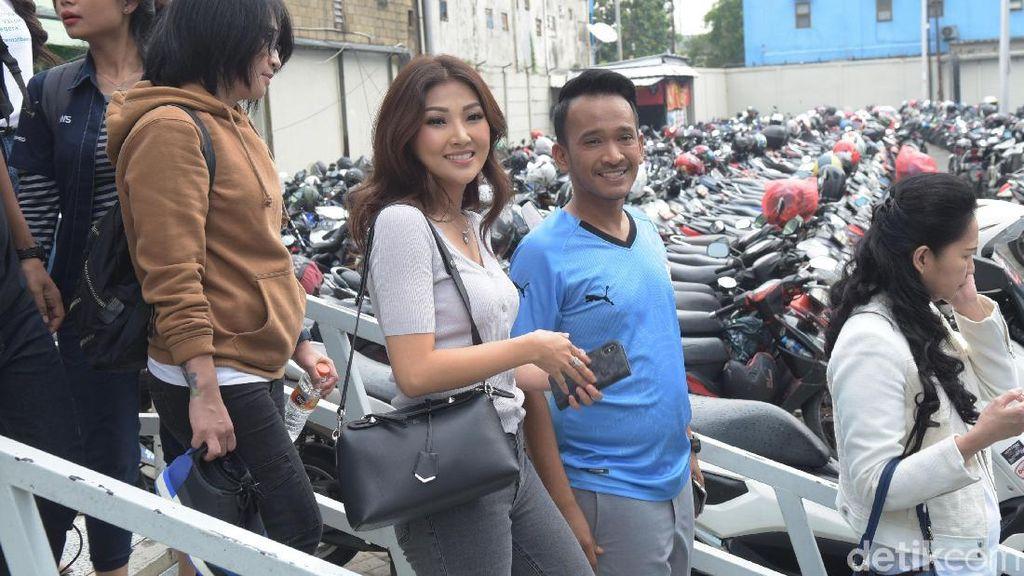 Ruben Onsu Berharap Kehamilan Sarwendah Jadi Kado Ultah Pernikahan