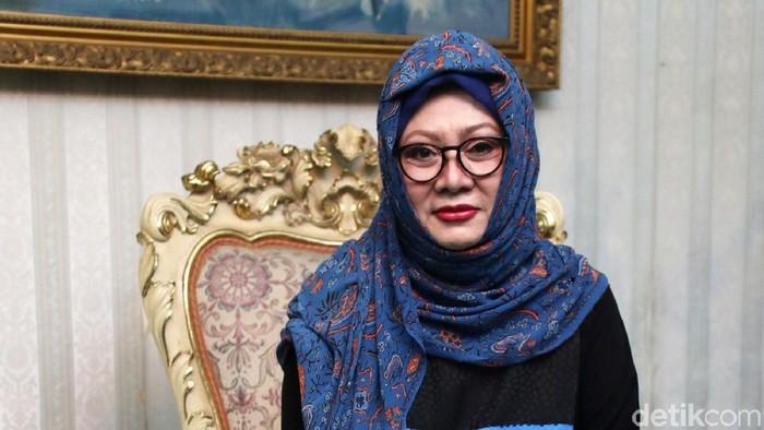 Tim blak-blakan detikcom berkesempatan mendapatkan wawancara dengan putri sulung almarhum Presiden kedua Indonesia Soeharto, Siti Hardiyanti Rukmana atau yang biasa mbak Tutut.