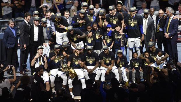 Golden State Warriors mulai menunjukkan dominasi di NBA saat ini.