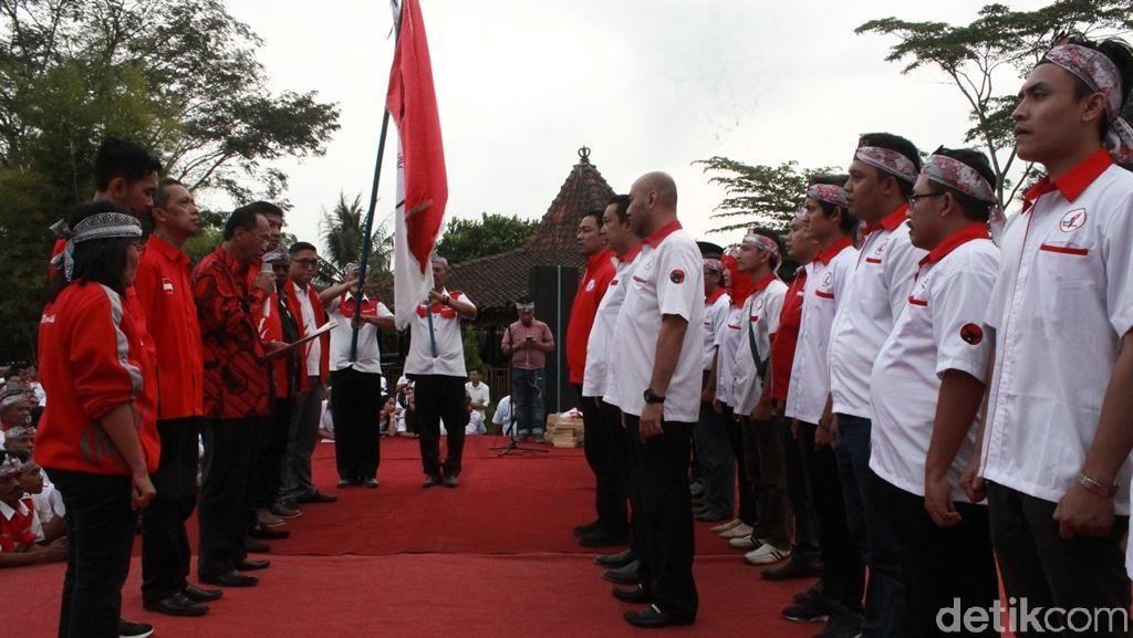 Lantik Pengurus TMP Jateng, Maruarar Bicara soal Pemimpin Masa Depan