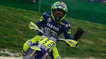 Rossi ke Duo Ducati: Ayo Latihan Motocross Bareng