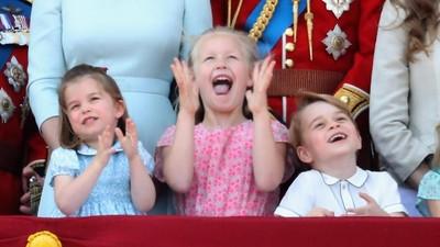 Cara Kate Middleton Tenangkan Putri Charlotte yang Terjatuh