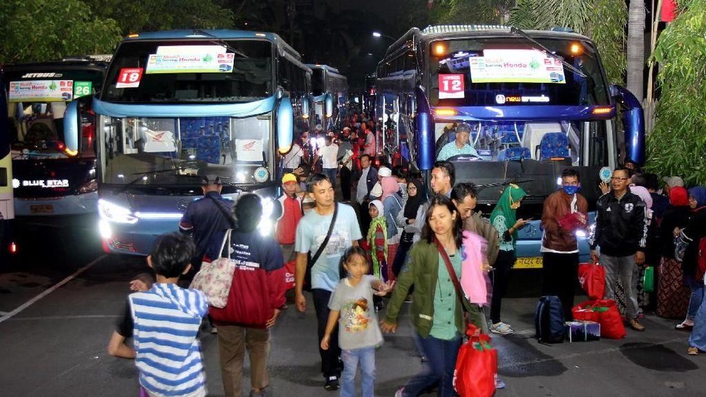 AHM Berangkatkan Ribuan Pelanggan Setia Honda