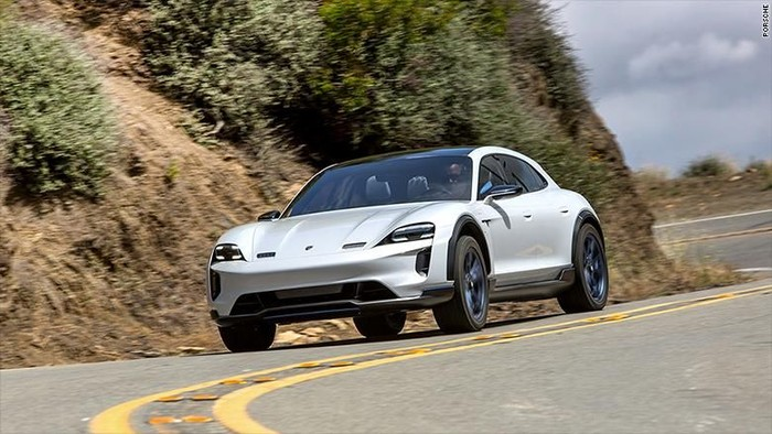 Porsche Taycan, mobil listrik terbaru Porsche, tadinya dinamakan Mission E