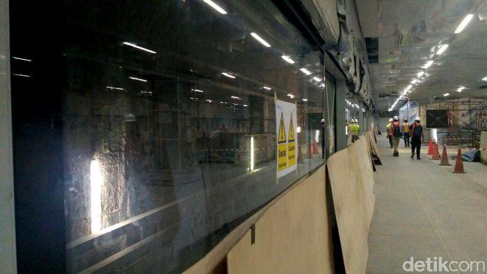 Begini penampakan terkini pembangunan stasiun MRT Senayan, Senin (11/6/2018).