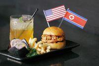 Nasi Lemak dan Burger Ini Meriahkan Pertemuan Trump dan Kim di Singapura