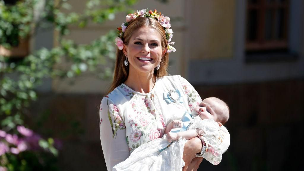 Baru Melahirkan, Inilah Penampilan Putri Swedia yang Cantik & Bersinar