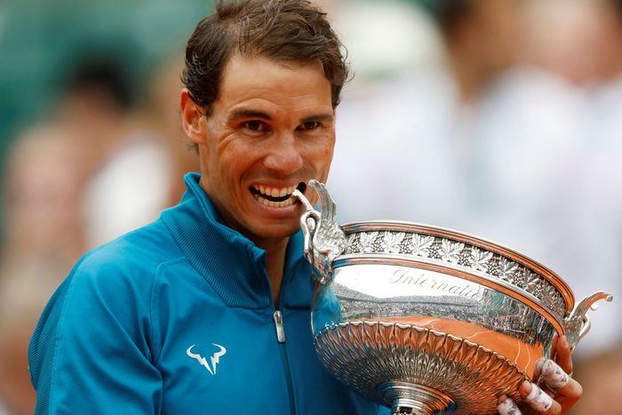 Rafael Nadal meraih titel ke-11 di Roland Garros. (Foto: Charles Platiau/Reuters)